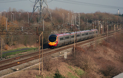 390 0xx at Beechwood (Runcorn) on 7th March 2007