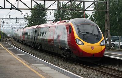 390 029 at Runcorn on 2nd August 2006 (1)