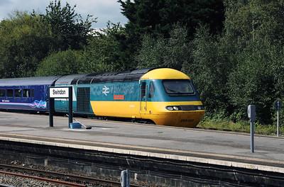43002 at Swindon on 1st September 2017