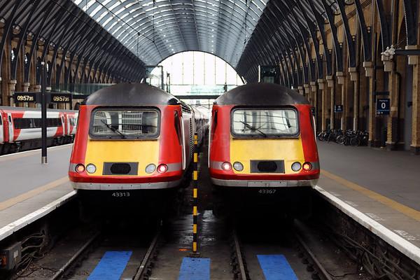 43 313 & 43 367 at London Kings Cross on 26th April 2017 (1)