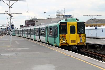 455 805 at London Bridge on 25th June 2013