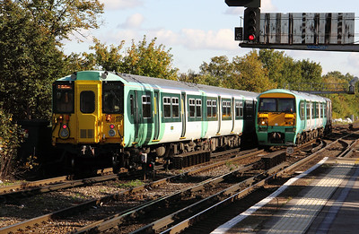 455 819 & 456 018 at Balham on 20th October 2010