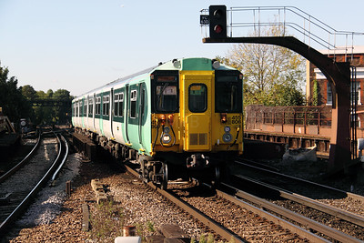3) 455 806 at Balham on 20th October 2010