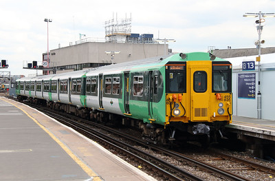 455 835 at London Bridge on 25th June 2013