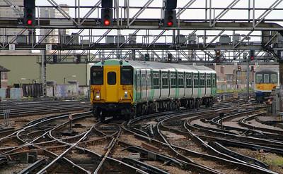 1) 455 829 at London Bridge on 11th June 2004