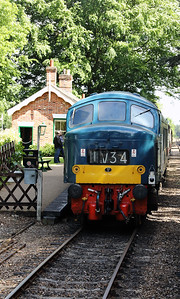 2) D182 at Holt on 9th June 2017