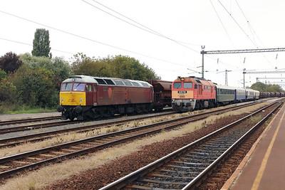 47 375 & 628 116 at Szentlorinc on 5th October 2019 working PTG Railtour (6)