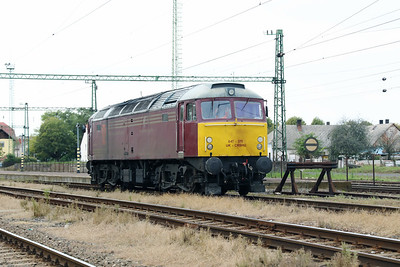 8) CRS, 47 375 (UIC No. 92 70 0047 375-5 UK-CRSHU) at Szentlorinc on 5th October 2019