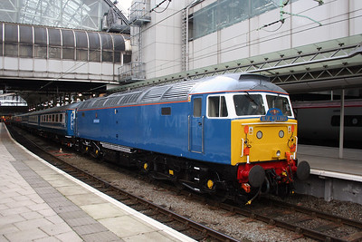 47 709 at Manchester Piccadilly on 5th January 2006 (2)