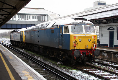 47 712 at Clapham Junction on 24th January 2007 (1)