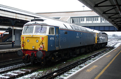 47 712 at Clapham Junction on 24th January 2007 (2)