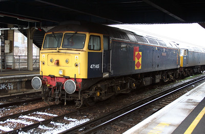 47 145 at Clapham Junction on 24th January 2007 (1)