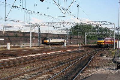 47 197 & 90 020 at Crewe on 17th July 2005