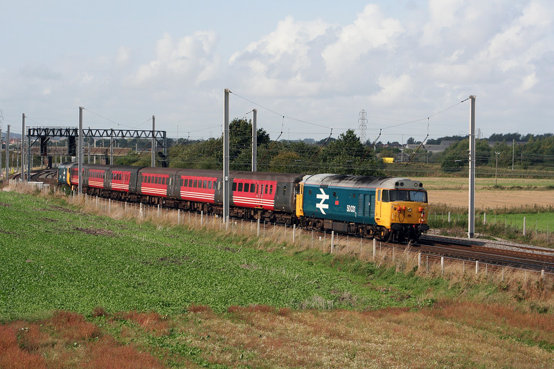 50 031 at Winwick Junction on 19th September 2006 (2)