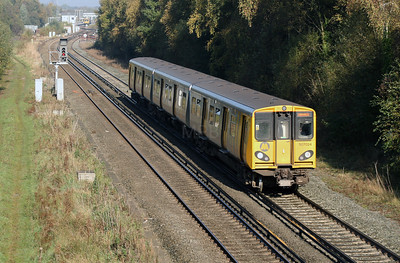 507 024 at Hooton on 24th October 2007
