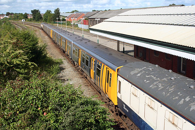 507 001 at Wrexham General on 3rd September 2007 working 7X47 (2)