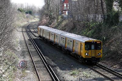 508 115 at Waterloo on 3rd April 2010 (3)