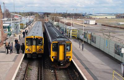 508 114 & 156 424 at Ellesmere Port on 8th April 2016