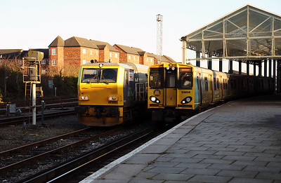 DR98951 & 508108 at Chester on 25th January 2017