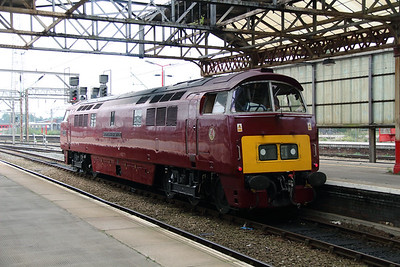 D1015 at Crewe on 5th September 2014  (2)