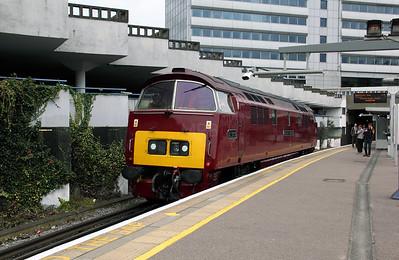 2) D1015 at Gunnersbury on 30th September 2009