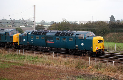 1) 55 022 at Winwick Junction on 13th October 2006, 0Z40 0955 ??? to ???