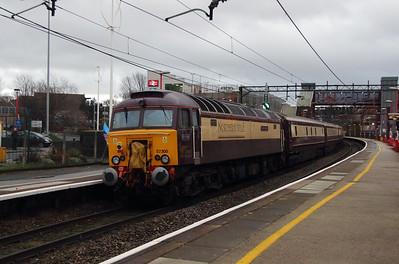 57 305 at Runcorn on 18th December 2014 (1)