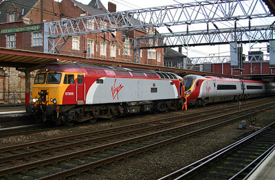 57 305 & 390 029 at Crewe on 14th November 2004 working 1F17