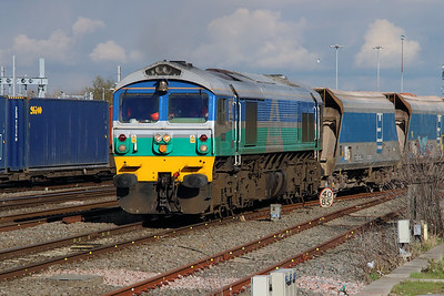 7) 59 001 at Swindon on 23rd February 2016
