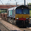 66 424 at Warrington Bank Quay on 5th June 2015 (1)