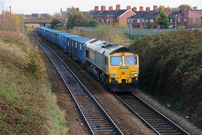 66 551 at Northwich East Junction on 24th October 2014 (6)