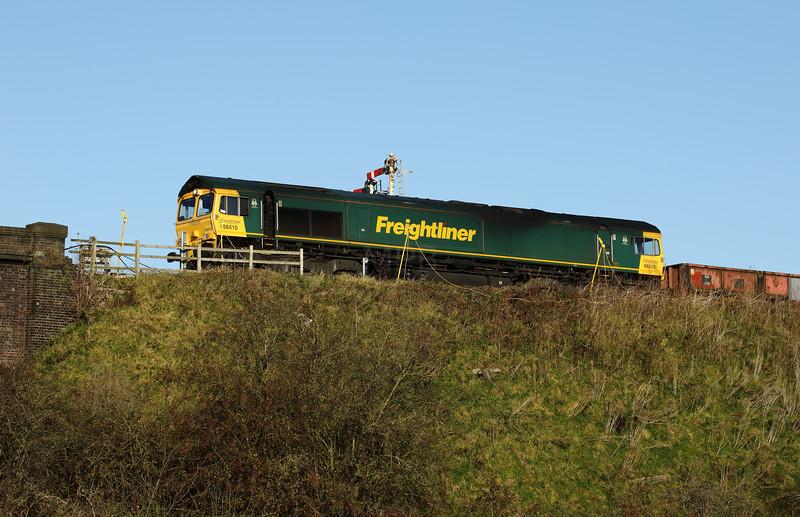 1) 66 510 at Frodsham Junction on 12th November 2017
