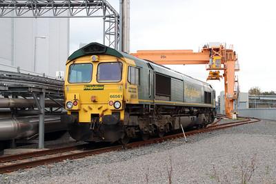 66 561 at Runcorn Folly Lane on 15th October 2014 (16)