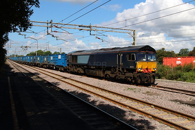 66 419 at Acton Bridge on 19th August 2014 (5)