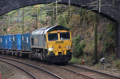 66 561 at Runcorn on 15th October 2014 (1)