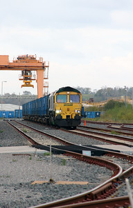 66 561 at Runcorn Folly Lane on 15th October 2014 (4)