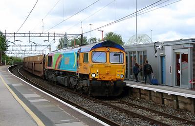 66 720 at Runcorn on 19th May 2015 (2)