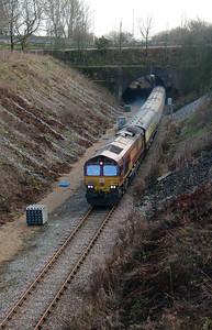 2) 66 182 Between Frodsham Junction & Halton Junction on 14th January 2017