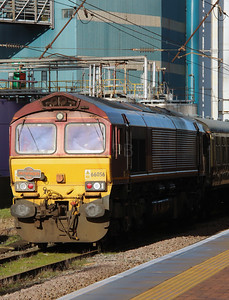 66 056 at Warrington Bank Quay on 14th January 2017
