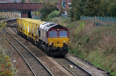 66 125 at Northwich East Junction on 24th October 2014 (1)