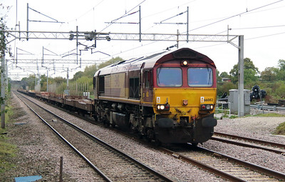 66 082 at Acton Bridge on 14th October 2014 (3)