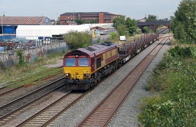 66 117 at Burton on Trent on 2nd September 2014 (2)