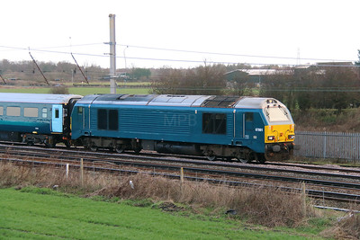 67 001 at Winwick Junction on 19th December 2014 (8)