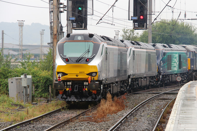 68 011 at Warrington Bank Quay on 1st August 2014 (10)