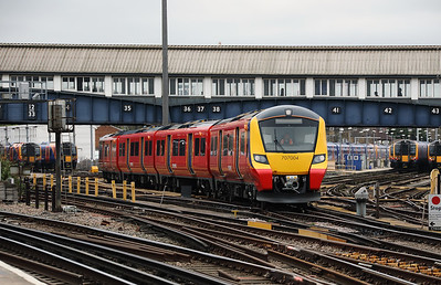 2) 707 004 at Clapham Junction on 29th March 2017