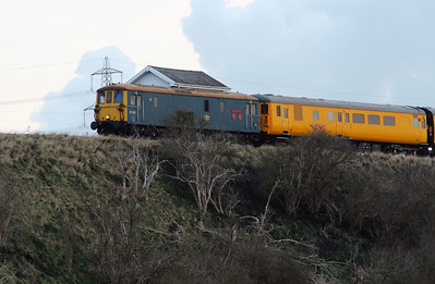 73 201 at Frodsham Junction on 27th March 2015 (4)