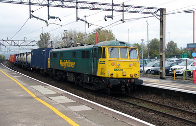 86 501 at Runcorn on 8th October 2014 (4)