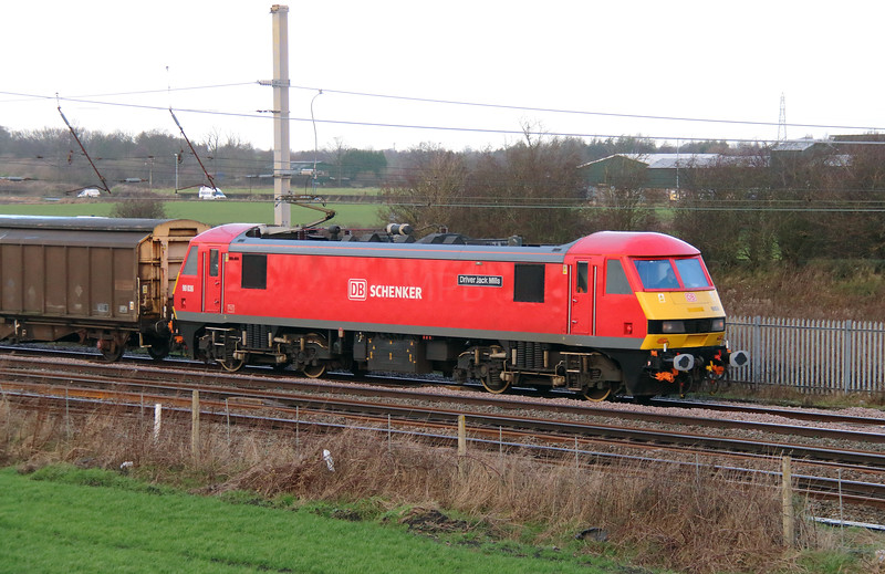 90 036 at Winwick Junction on 19th December 2014 (8)