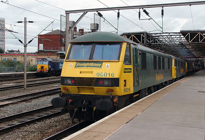 90 016 at Crewe on 2nd September 2016