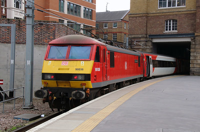 90 036 at London Kings Cross on 14th October 2016